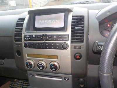 NISSAN NP300 NAVARA  (D40)
