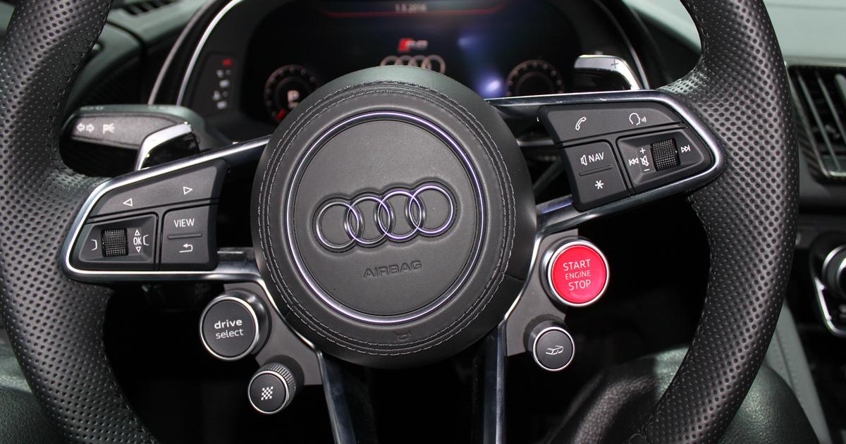 AUDI - Steering wheel