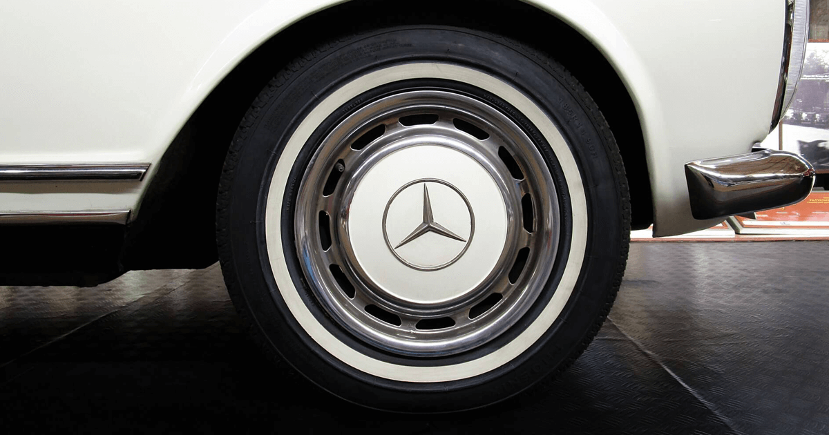 Steel wheel - Mercedes Benz - Vintage car